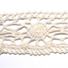 D1045 106 - 50mm Cotton lace on 25m cards natural